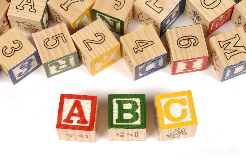 cubotti legno con lettere